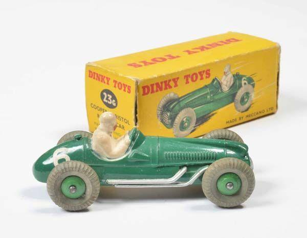 Dinky Toys, Cooper Bristol Nr. 236, England, 1:43, Druckguss, Okt Z 2- (3 Laschen abgerissen), Z 1 — Modellautos