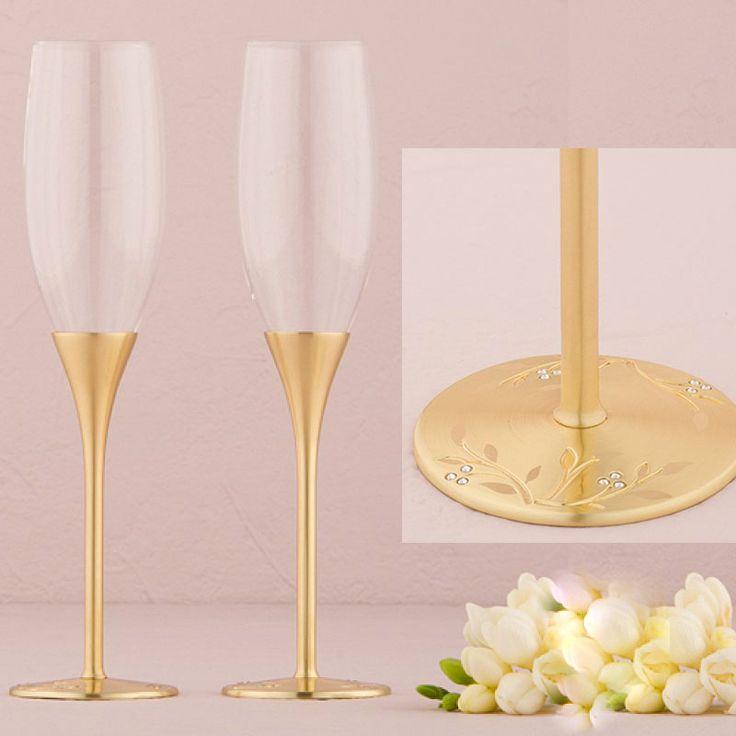#hermosas #copasconestilo para #bodas ideales para #bodasdeoro50años ya que es en color #doradas #bonitas #elegantes #únicas las puedes #comprar en nuestra #tienda #ondinecollection en el #df