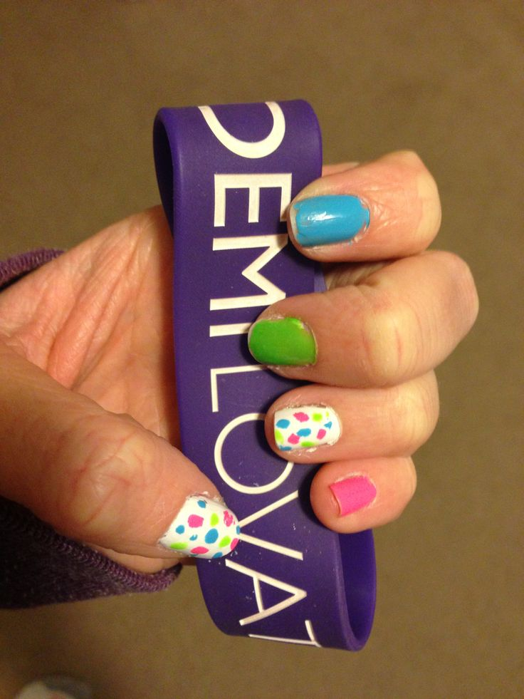 Neon nails :)  Inspired by Demi Lovato's Neon Lights tour