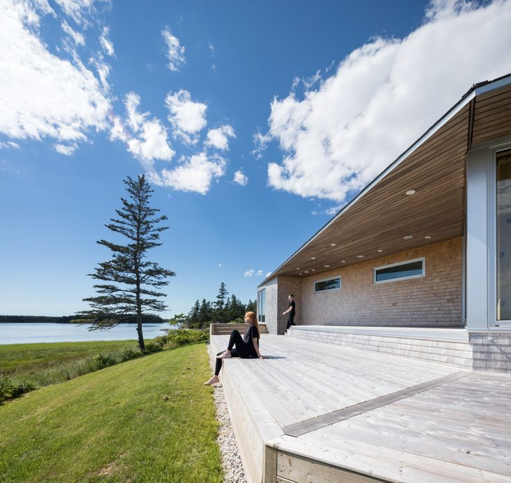 A Vacation Home in Nova Scotia Takes Cues From the Coastal Landscape - Dwell