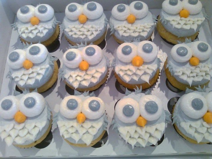 These Are Cute And Simple At The Same Time: Owl Cupcakes For Baby Shower,