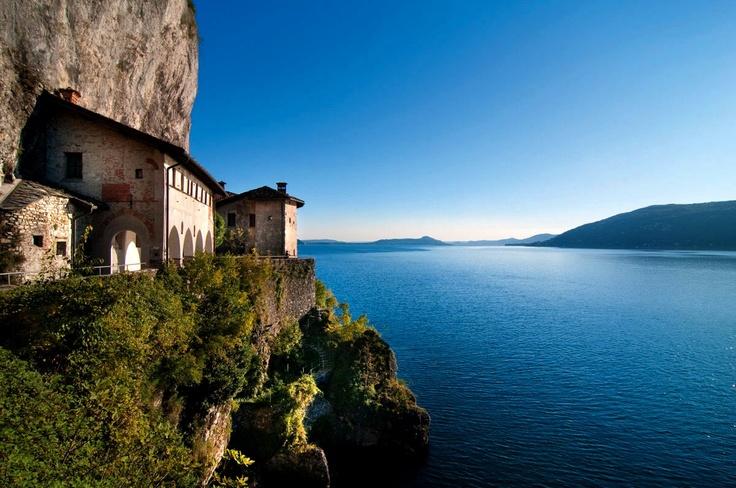Vista Lago Maggiore da Santa Caterina del Sasso