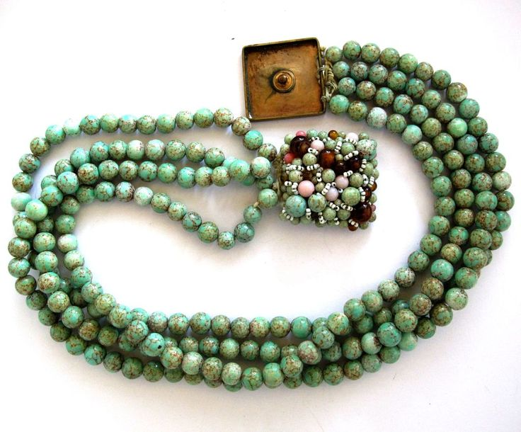 Coppola e Toppo Green Glass Faux Stone Four Stand Necklace
