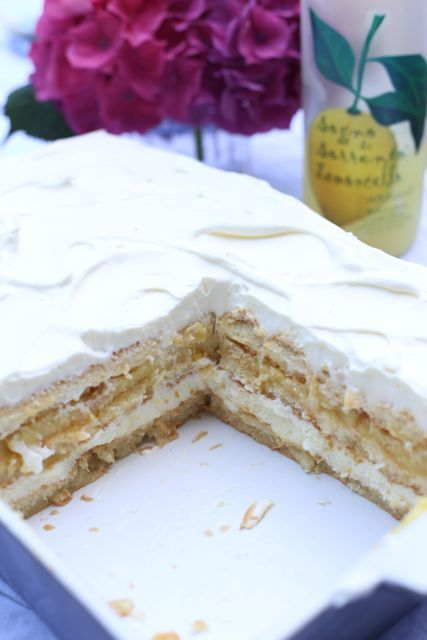 Limocello and Ricotta Cake