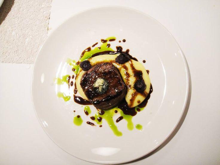 Beef fillet Potato purée / blue potato gnocchi / aromatic butter