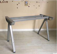 A lábát az asztalra, nyolc asztal .. fém keret stent.  vázlemez. (Kína (szárazföld))