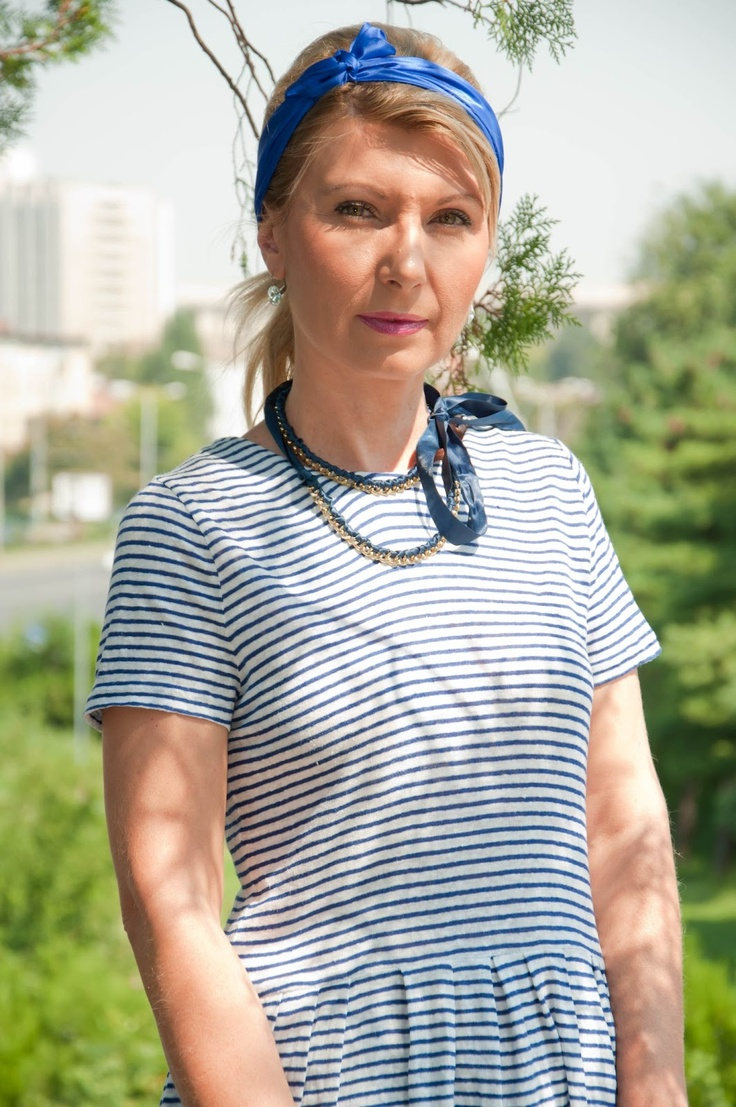 Fashion Doctor: On holiday ! wearing a Meli Melo necklace!   Have a nice holiday!!!