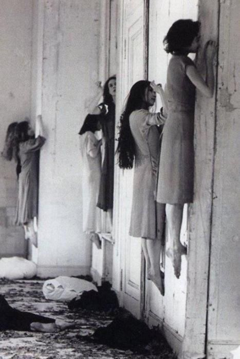 These witch sisters are just floating around. A very strange picture taken in 1928 at the Danvers State Lunatic Asylum. Pretty creepy stuff.