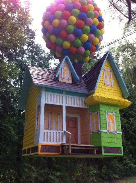 House pinata with balloons by PinataVille on Etsy, $175.00 Seriously would you want to take a bat to this?