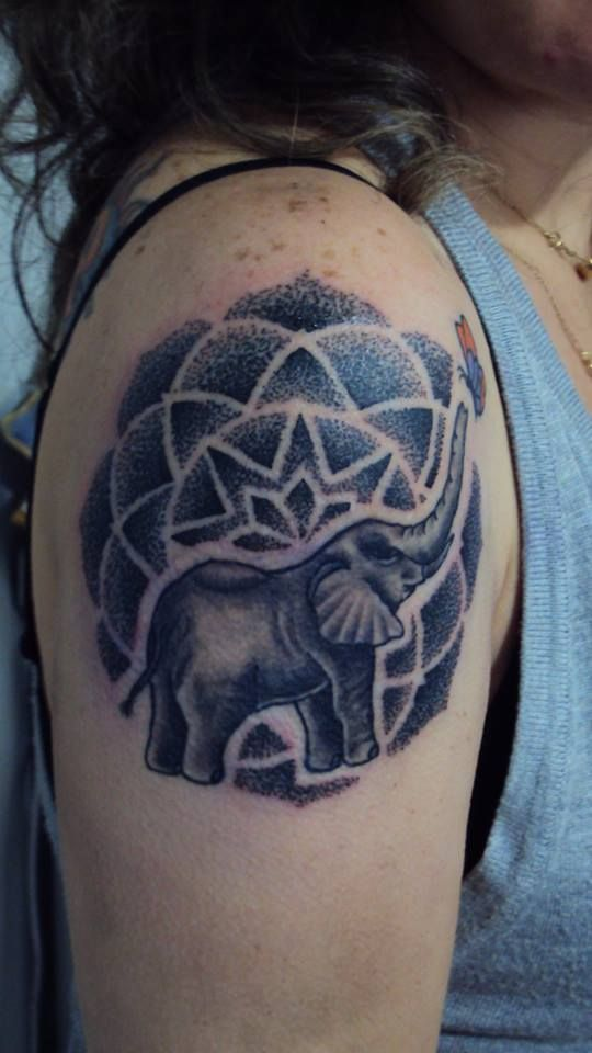 34 best images about tatuajes on pinterest un ac milan for Tattoo parlors in anchorage