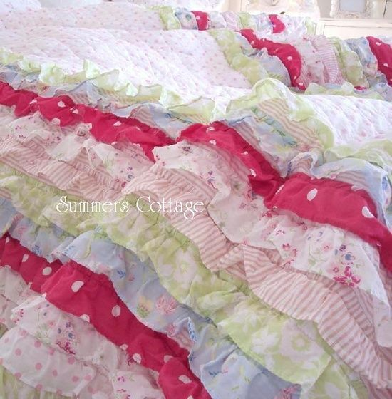 1000 images about sewing ruffle quilts on pinterest for Frilly bedspreads