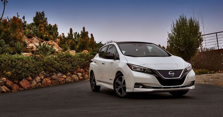 Nissan Leaf takes on Tesla with 150-mile range and a $30,000 price tag - http://howto.hifow.com/nissan-leaf-takes-on-tesla-with-150-mile-range-and-a-30000-price-tag/