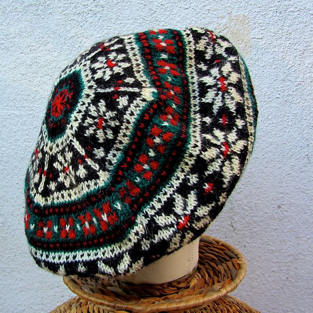 12 best TAMS - handknit images on Pinterest | Berets, Fair isles ...
