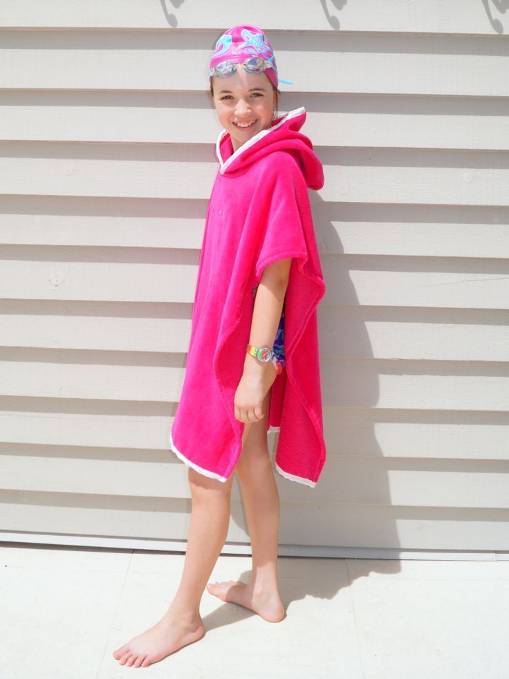 Thick and luxurious hooded beach towel, perfect for swimming club!  www.nauticalmile.com.au
