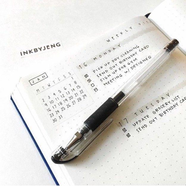 Hey, girl, heyyyy.   24 Minimalist Bullet Journal Layouts To Soothe Your Weary Soul