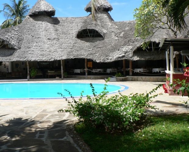 Sandies Coconut Village - is an all-inclusive family-oriented resort set on a stretch of Silversands beach in Malindi. Standing in extensive tropical grounds, it has about 100 rooms, all of which are in double-storey bungalow blocks 5 rooms situated in two level bungalow blocks with terraces overlooking the pool.
