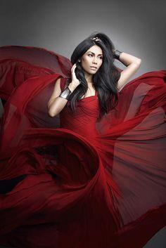 i love the way the dress falls