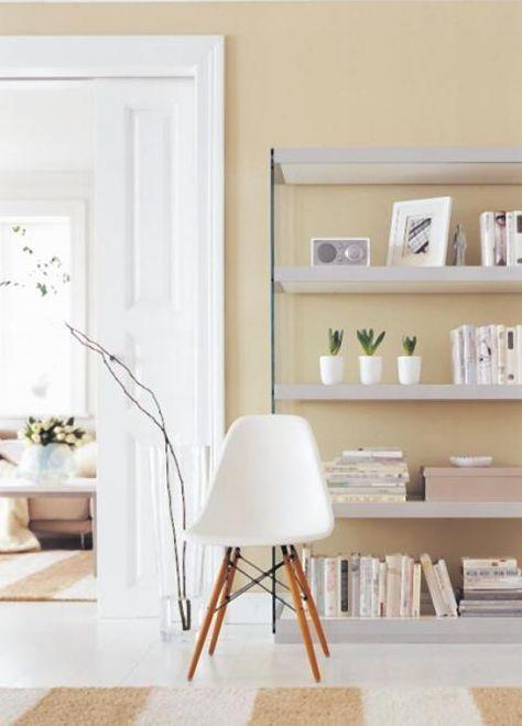 Wohnen mit Farbe – Pastell als Wandfarbe mit farbigen Möbeln