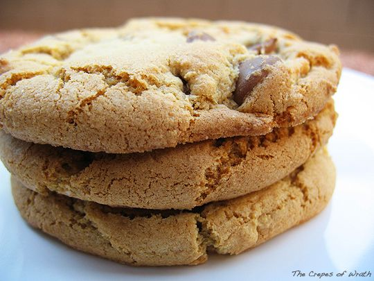 Olive oil chocolate chip cookies...this is a must! Olive oil in sweets is amazing! viz Crepes of WrathDesserts Recipe, Oil Chocolates, Chocolate Chips, Chocolates Chips Cookies, Olive Oils, Cookies Recipe, Chocolate Chip Cookies, Cookies Chocolatechipcooki, Butterless Cookies