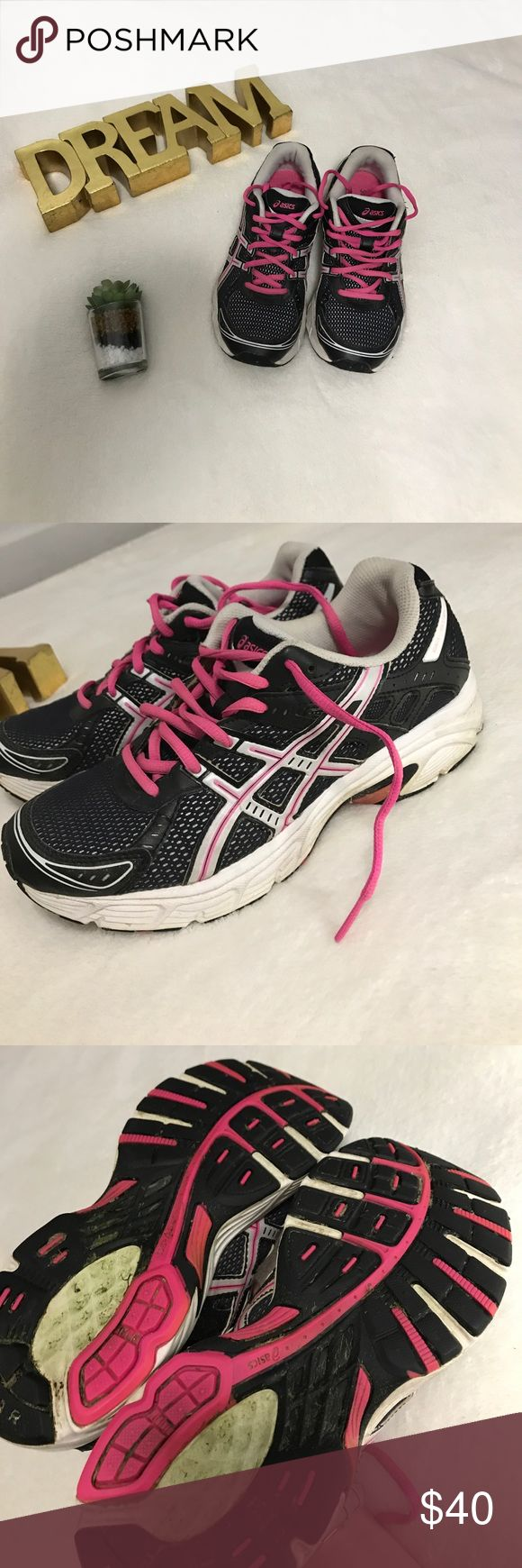 Pink &a Black Asics In good condition. Only wear is inside the shoe (inserts) and he bottom of the shoe Asics Shoes