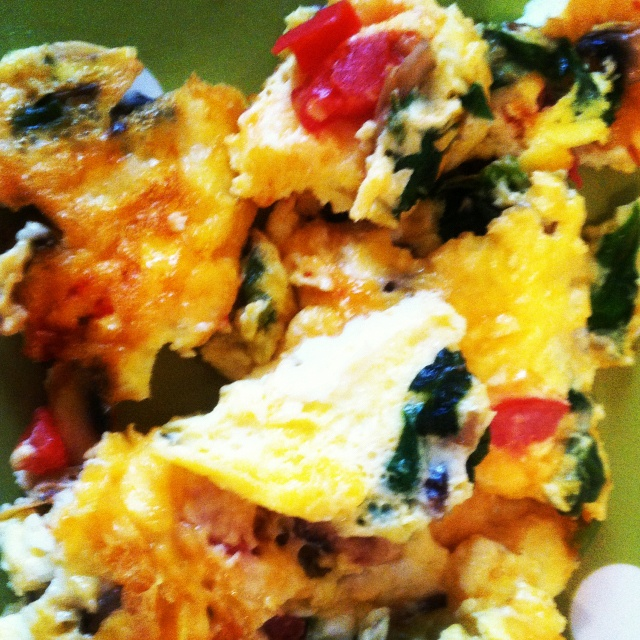 Egg, cheese and scrambled vegetables! Healthy breakfast and so good! I used: 2 eggs, splash …   – Health & Fitness