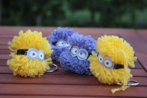 Pom pom Minion e Evil Minion Party Favor