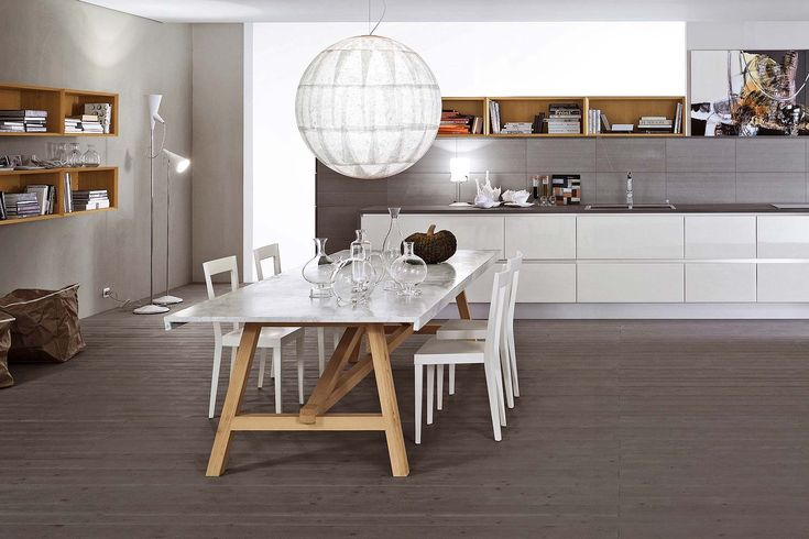 L'Abbate Italia: ACHILLE table | P. Armenise & S. Nerbi. LIVIA chair | Gio Ponti.