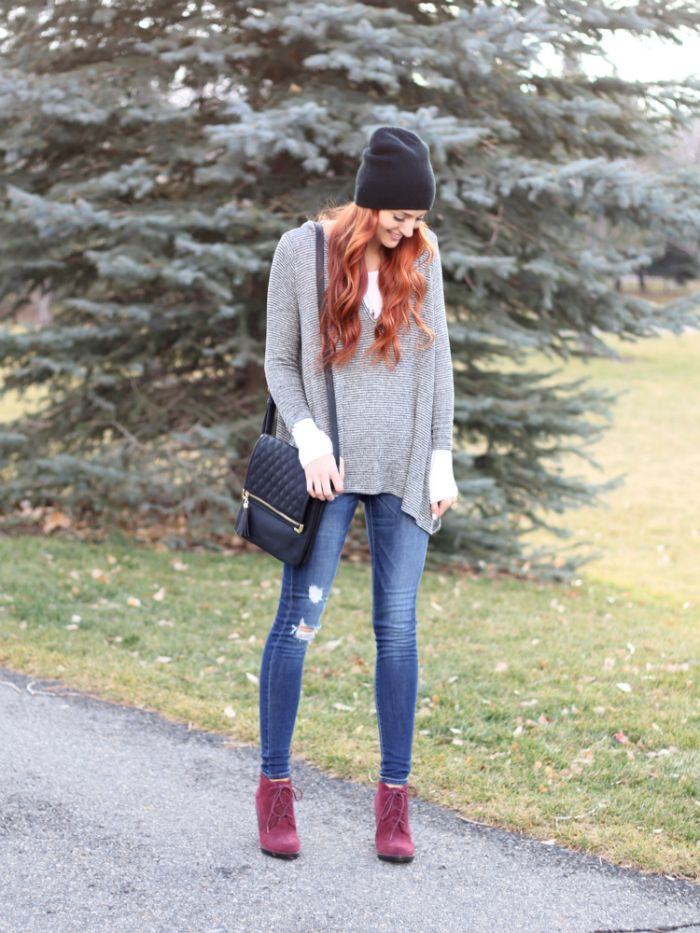 East & Lo is an amazing online shop I discovered. This knitted hoodie top is so versatile and I can't stop wearing my distressed Flying Monkey jeans!