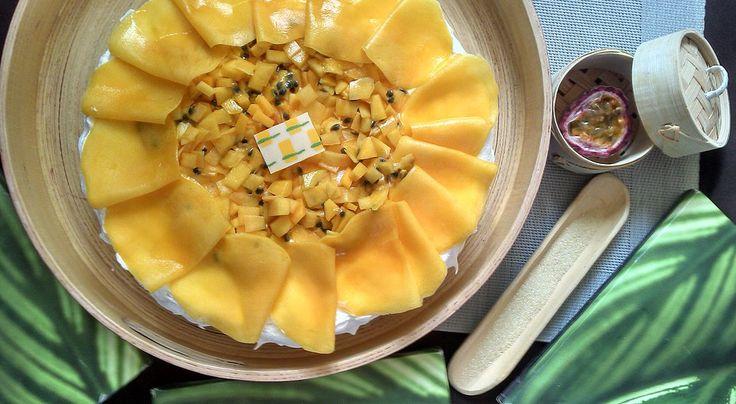 Pavlova mangue et fruits de la passion