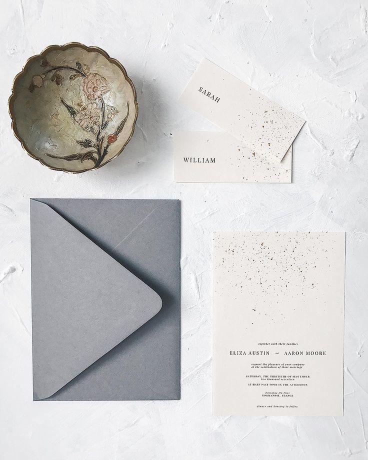 Minimalist wedding invitation // gold, grey, placecards, envelope, simple,
