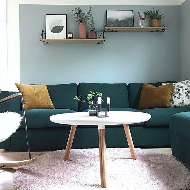 Green palette ✨ Living-room inspiration by @presthusvestre with our Pythagoras shelves!