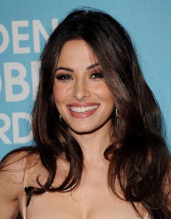 sarah shahi..i just love her,