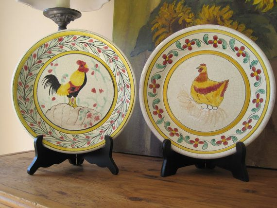 Pair Decorative Plates Bowls Rooster Hen Chicken Hand Painted Mexico Signed Gold Red Green & Las 25 mejores imágenes sobre Rooster bowls en Pinterest