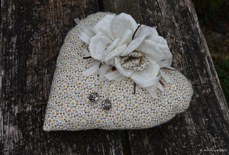 cuore di stoffa
