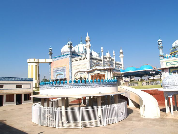 Bhong Mosque is located in the village of Bhong, Sadiqabad Tehsil, Rahim Yar Khan District, Southern Punjab Pakistan. It was designed and constructed over a ...
