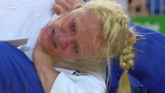 Schockmoment im Bronze-Kampf | Malzahn um Medaille gewürgt - Olympia 2016 - Bild.de