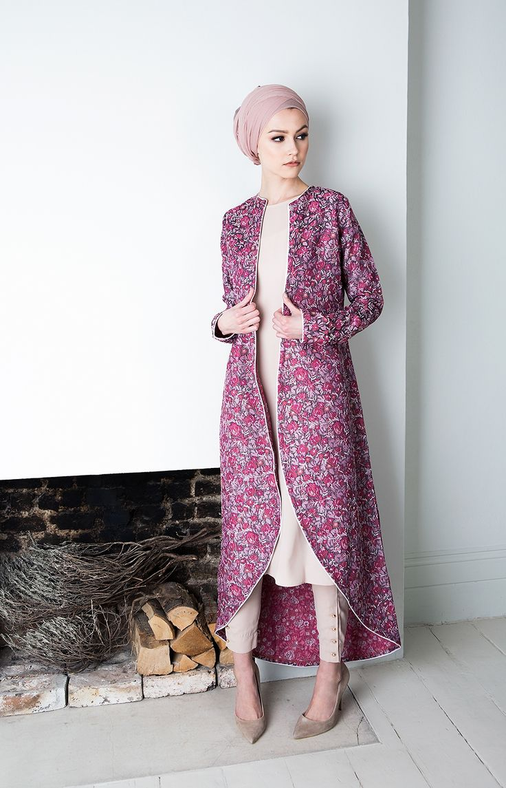 Pinterest: @eighthhorcruxx. Pink Coral Kimono Check out our hijab tutorial http://www.lissomecollection.co.uk