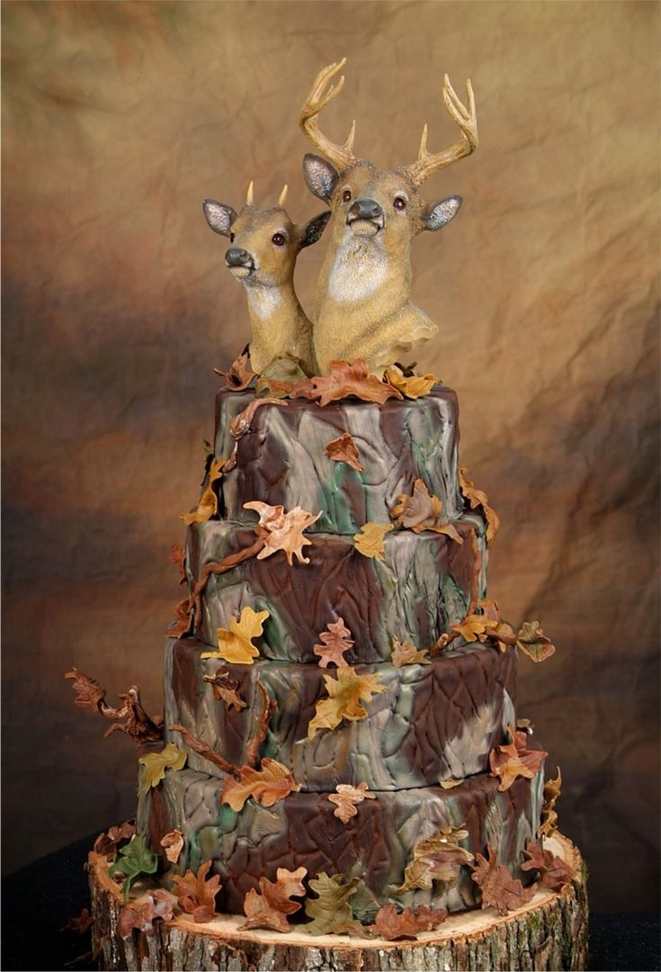 Perfect Camo Cake Minus The Deer Heads For future wedding cake idea