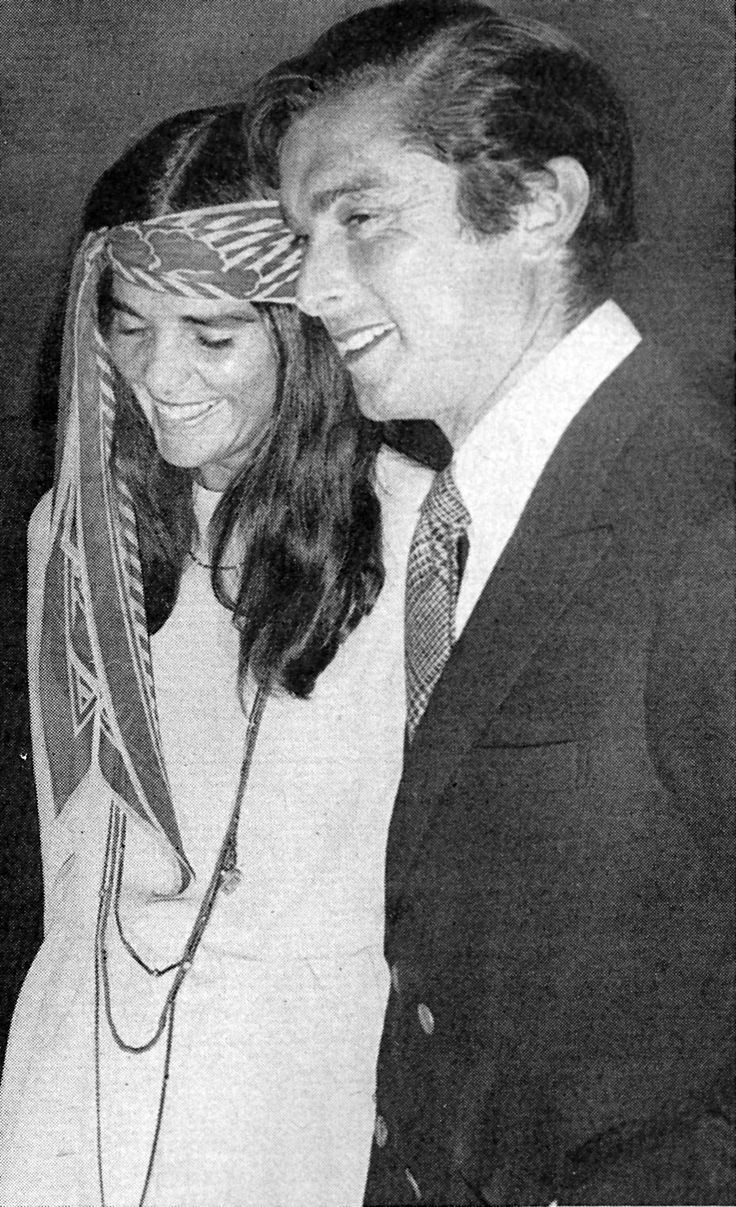 In the ali macgraw was such a young fashion inspiration not as radical as twiggy not as institutional as other young a bit older women of the time
