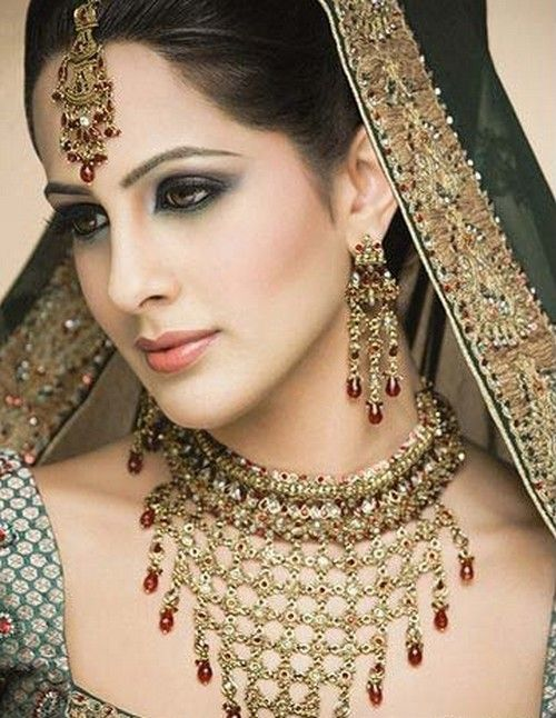 Latest Indian Sudani Pakistani arabic arabian Mehndi Designs images2012 2011 fashion Henna: Bridal Jewelry Sets Designs Latest Beautiful - Jewellery fashion
