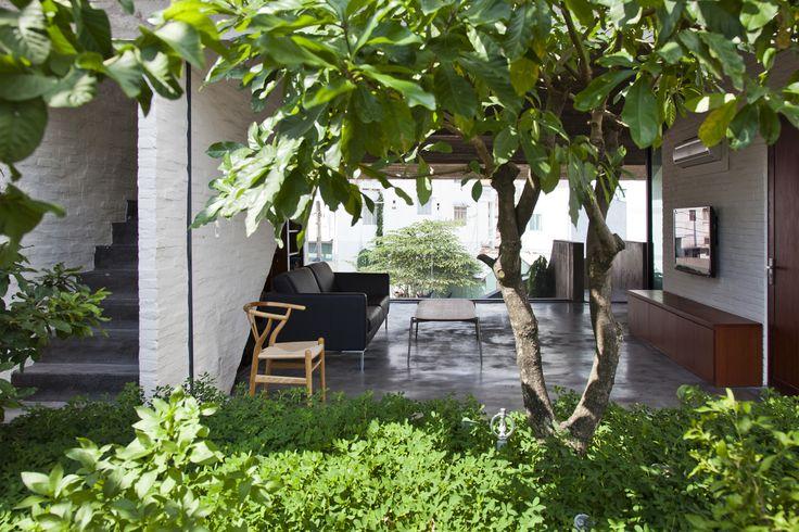 Gallery of Binh Thanh House / Vo Trong Nghia Architects + Sanuki + NISHIZAWAARCHITECTS - 14