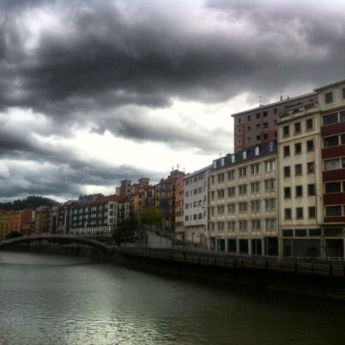 #bilbao #bilbo #turismo #gay #gayboy #verano #vacaciones (en Casco Antiguo De Bilbao)