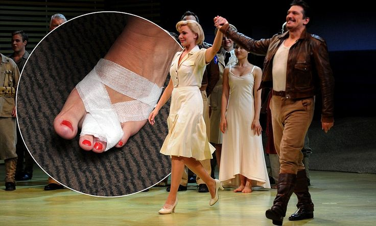 Ouch! Samantha Womack 'breaks' toe but the show goes on
