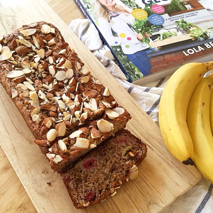 Paleo raspberry and almond loaf from Lola Berry's latest cookbook, Food to Make You Glow #paleo #healthyeating #lolaberry #raspberryloaf
