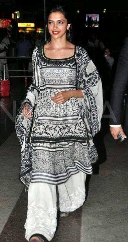 Deepika Padukone Promote Ram Leela Movie