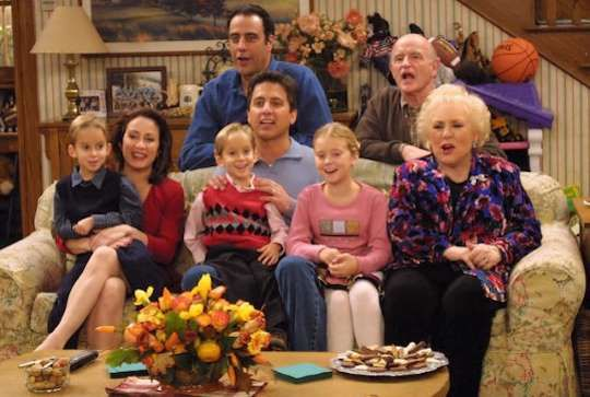 15 Fun Facts About 'Everybody Loves Raymond'
