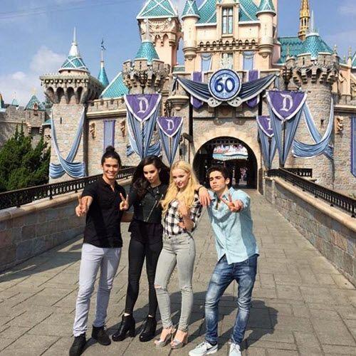 "Photos: ""Descendants"" Cast At Disneyland Resort October 17, 2015 - Dis411"