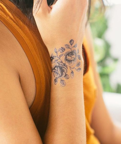 Girls Wrisat Rose Tattoo Ideas