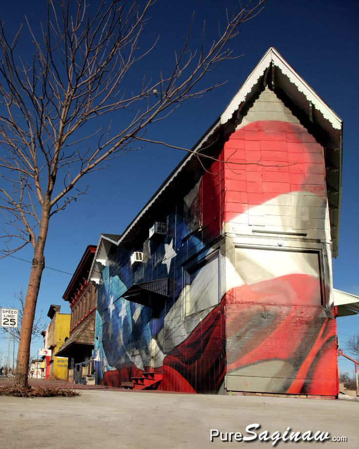 Flag Mural on Building in Saginaw, Michigan, photo by PureSaginaw.com