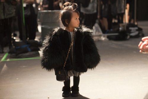 Fashion Weeks, Little Girls, Chanel Bags, Minis Dog Qu, Street Style, Kids, Alexander Wang, Baby Fashion, Alexanderwang